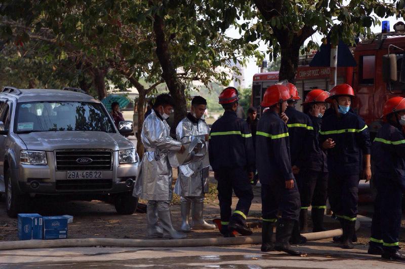 Cháy lớn khu công nghiệp Ngọc Hồi: Do hàn xì - ảnh 11