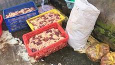 400kg thịt gà nhuộm hàn the chuẩn bị lên bàn ăn
