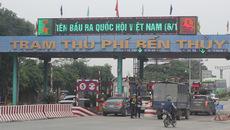 Ô tô chặn cầu Bến Thủy yêu cầu dỡ bỏ trạm thu phí 1