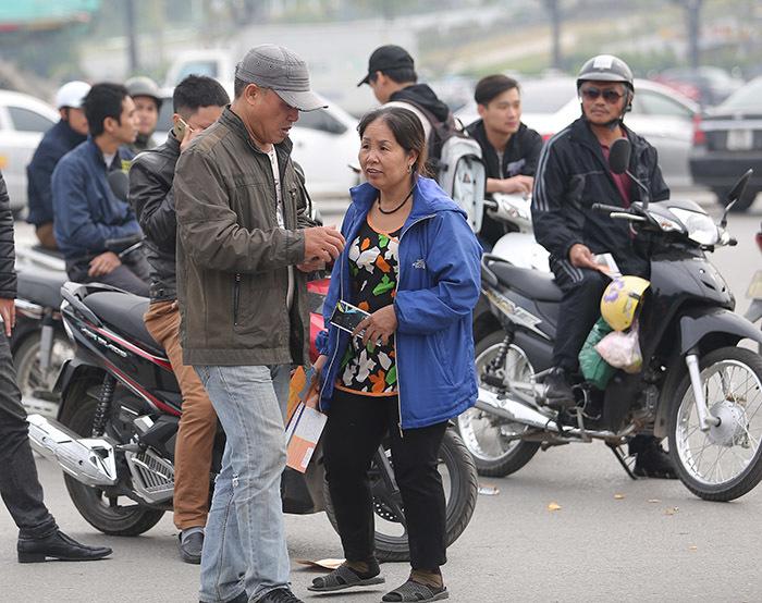 Vé chợ đen trận Việt Nam vs Indonesia lên 2 triệu/cặp khi vừa 'ra lò'