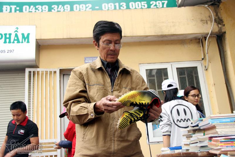 Hàng đồng giá 2.000 đầu tiên giữa lòng Hà Nội