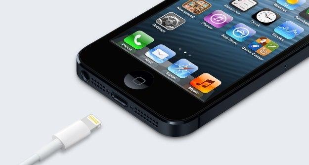 Sạc iPhone 'rởm' gây nguy cơ cháy nổ cao