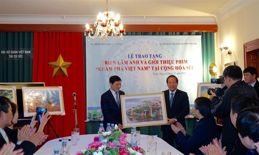 Cộng đồng người Việt là tài sản vô giá trong quan hệ Việt - Séc