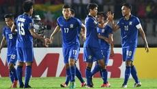 Thắng Myanmar, Thái Lan đặt một chân vào chung kết
