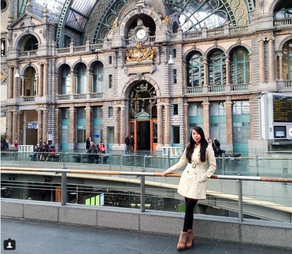 Cô gái 24 tuổi đi du lịch khắp thế giới kiếm 5.000 USD/tháng