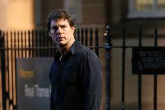 Phim 'xác ướp' của Tom Cruise tung trailer ấn tượng