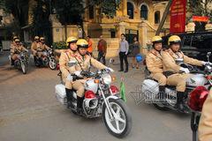 CSGT Hà Nội hoá trang xử xe vi phạm dịp Tết