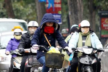 Hà Nội rét 14 độ, miền Trung mưa cực lớn