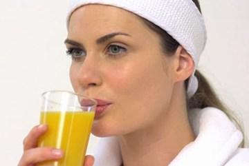 9 loại thực phẩm không nên ăn khi ốm