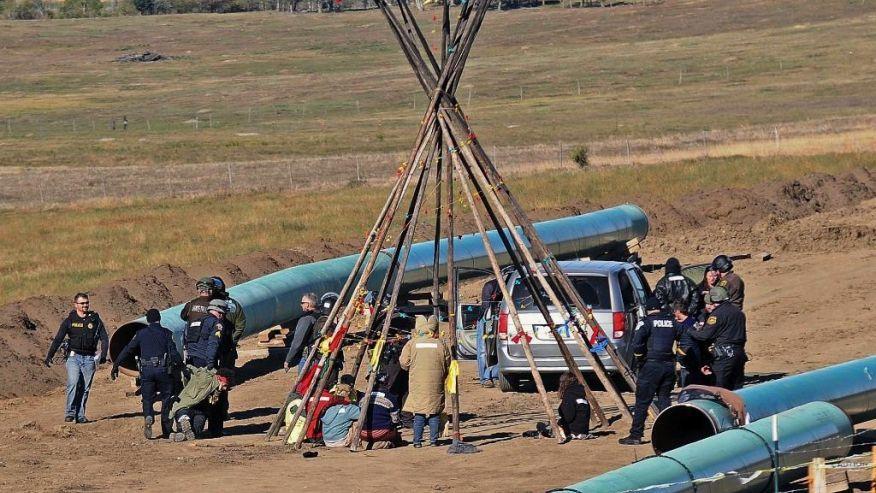 North Dakota, Sioux,  bảo vệ môi trường, đường ống dẫn dầu