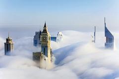 Dubai bỗng hóa 'thành phố trên mây' vì sương mù