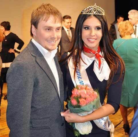 Những nữ tiếp viên hàng không đẹp nhất ở Nga
