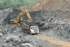 Hồi sinh mỏ sắt lớn nhất Đông Nam Á sau 8 năm bất động