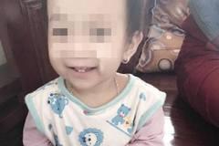 Bé gái tử vong bất thường sau 4 ngày vào viện