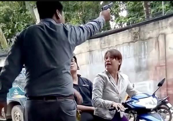 Bắt khẩn cấp giám đốc bảo vệ nổ súng dọa phụ nữ