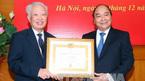 Trao Huy hiệu 55 năm tuổi Đảng cho nguyên Phó Thủ tướng Vũ Khoan