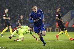 Vardy lập hat-trick, Leicester làm bẽ mặt Pep và Man City