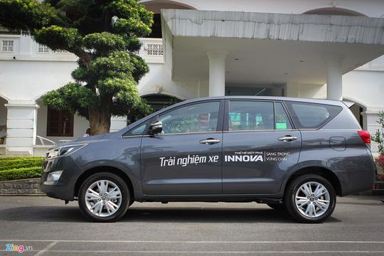 10 ô tô bán chạy nhất tháng 11 tại Việt Nam