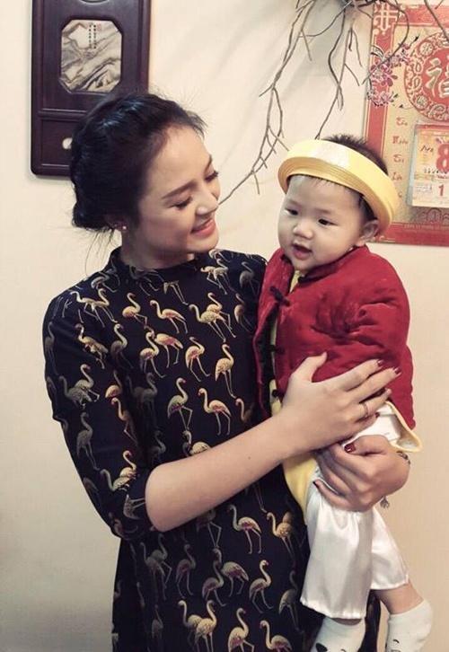 Diễn viên Thu Quỳnh không đồng ý ngủ chung giường với Chí Nhân vì con