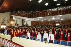 Sinh viên bất bình vì luận văn tốt nghiệp bị rao bán trên mạng