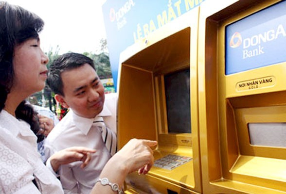Những ngân hàng 'khổ' vì vàng