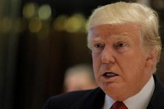 Nhà Trắng chỉ trích Trump thân Nga