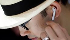 Tai nghe AirPods của Apple cho đặt hàng giá 159 USD