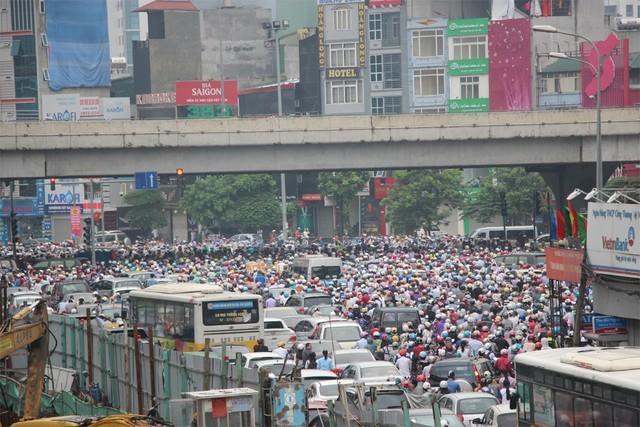 Thực hiện quy hoạch đô thị ở Hà Nội: Hệ quả của tư duy ăn xổi