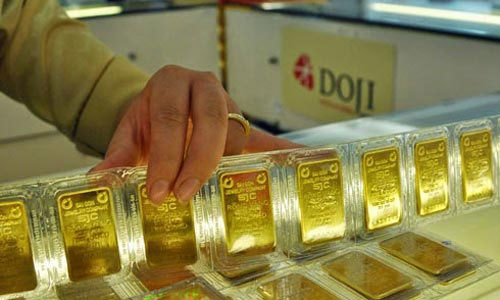 Giá vàng hôm nay 15/12: Vàng đổ dốc, lãi suất vào kỳ tăng mạnh