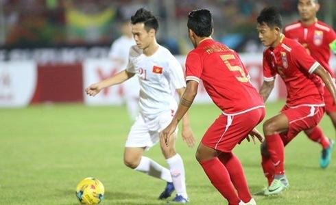 Tuyển Việt Nam thất bại, nhưng bầu Đức thắng to ở AFF Cup