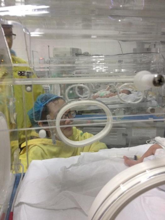 Con trai 'nữ công an từ chối trị ung thư' giờ ra sao?