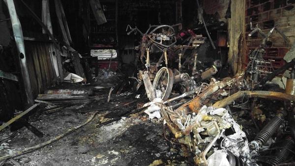 6 người trong nhà chết vì ngạt khói trước khi được cứu hộ