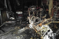 Cận cảnh trong quán cà phê bị thiêu rụi, 6 người chết