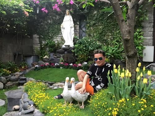 20161216155818 biet thu 9 Chiêm ngưỡng cận cảnh hai dinh thự 100 tỷ đồng sang trọng bậc nhất của ca sĩ Đàm Vĩnh Hưng