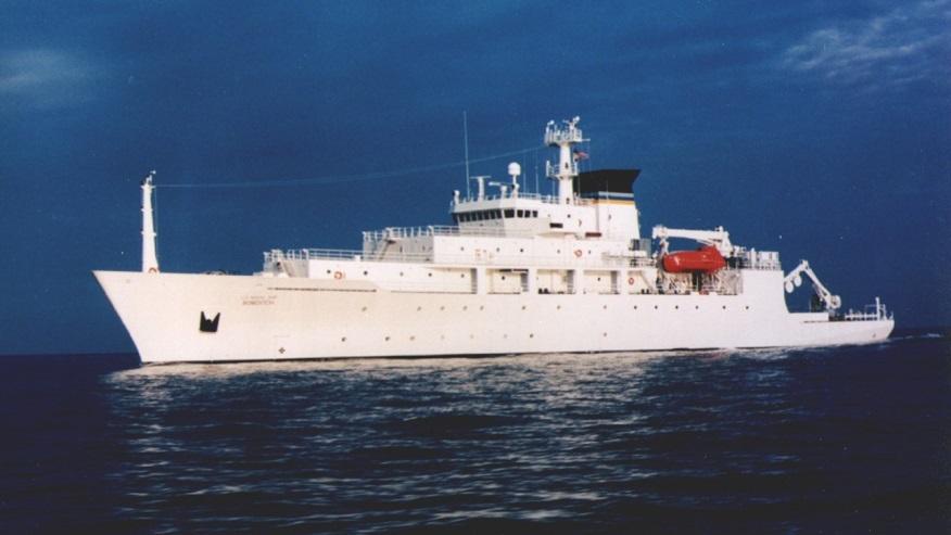 Hải quân TQ tịch thu tàu lặn Mỹ ở Biển Đông