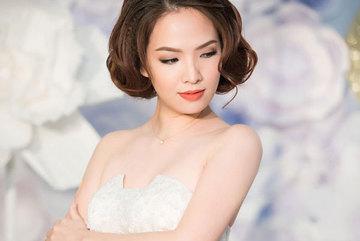 Đan Lê, Lã Thanh Huyền mặc sexy giữa trời lạnh giá