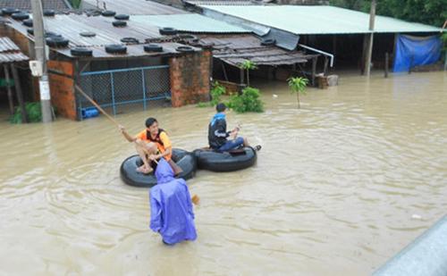 Miền Trung có thể hứng chịu tiếp 2 đợt mưa lớn