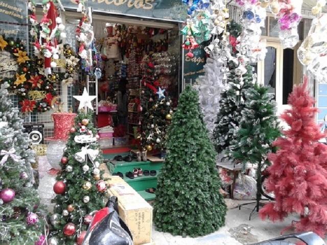 Những món đồ trang trí bạc triệu dịp Noel