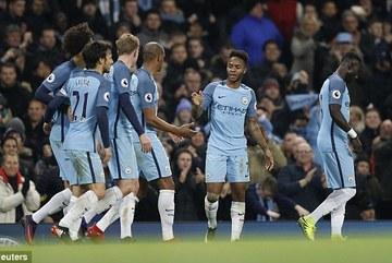 Man City ngược dòng đánh gục Arsenal