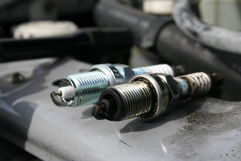 5 dấu hiệu cho thấy động cơ xe đang yếu dần
