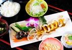 Cách làm món ăn Nhật đơn giản: Set cơm mực hấp sốt chanh dây