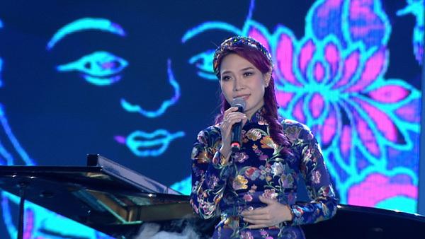 Mỹ Tâm, Hồ Ngọc Hà đứng chung sân khấu của VTV