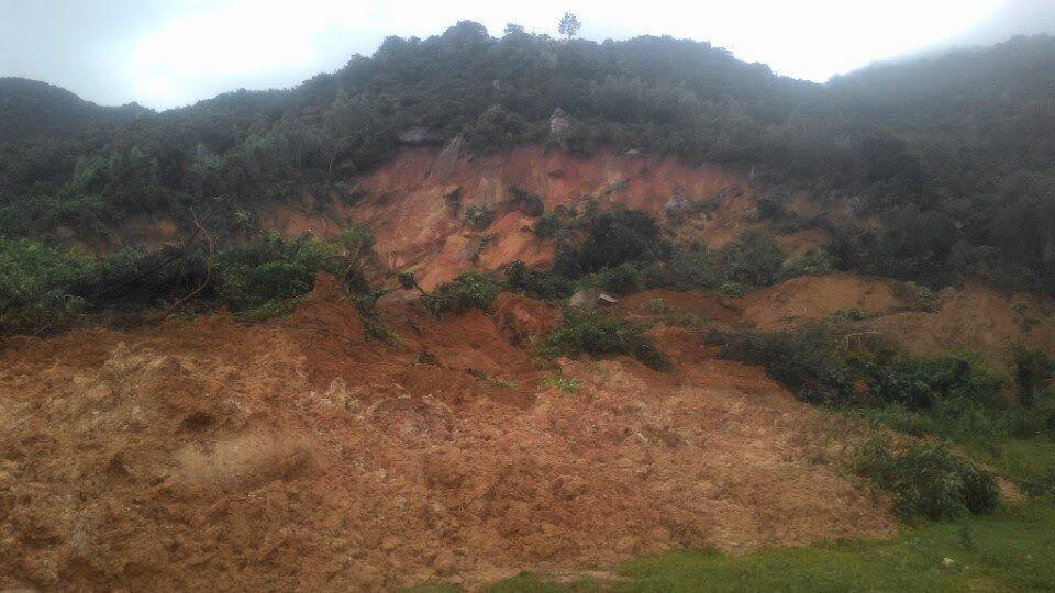 Sạt lở núi ở Nha Trang, 4 người thiệt mạng
