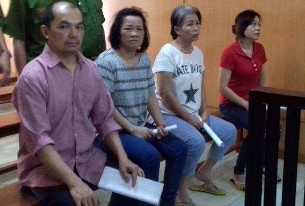 Tin phép thuật, 'quý bà' sập bẫy 4 người Trung Quốc