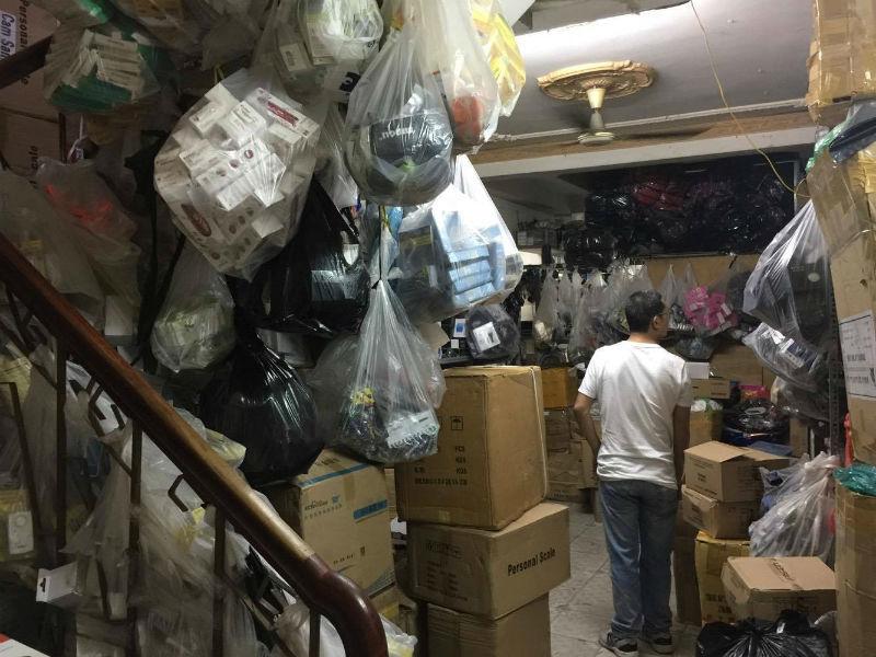 đường dây, buôn lậu, Trung Quốc, hàng lậu, Bộ Công an, Chi cục QLTT, điều tra