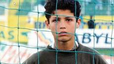 Ronaldo: Tuổi thơ dữ dội và tận cùng nỗi đau