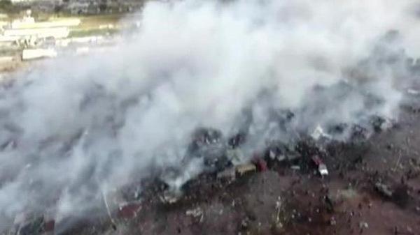 Hiện trường vụ nổ chợ pháo hoa làm hàng chục người chết