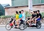 Trường hợp nào xe máy được phép chở 3 người?