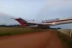 Máy bay Colombia cất cánh hỏng, lao xuống đất bốc cháy
