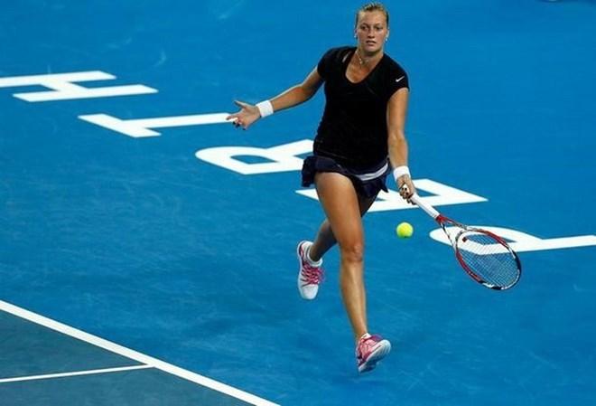 Nữ tay vợt Kvitova nhập viện sau khi bị tấn công bằng dao